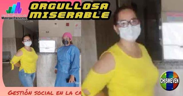 Alcaldesa Chavista orgullosa por regalar a un CDI una cava de anime
