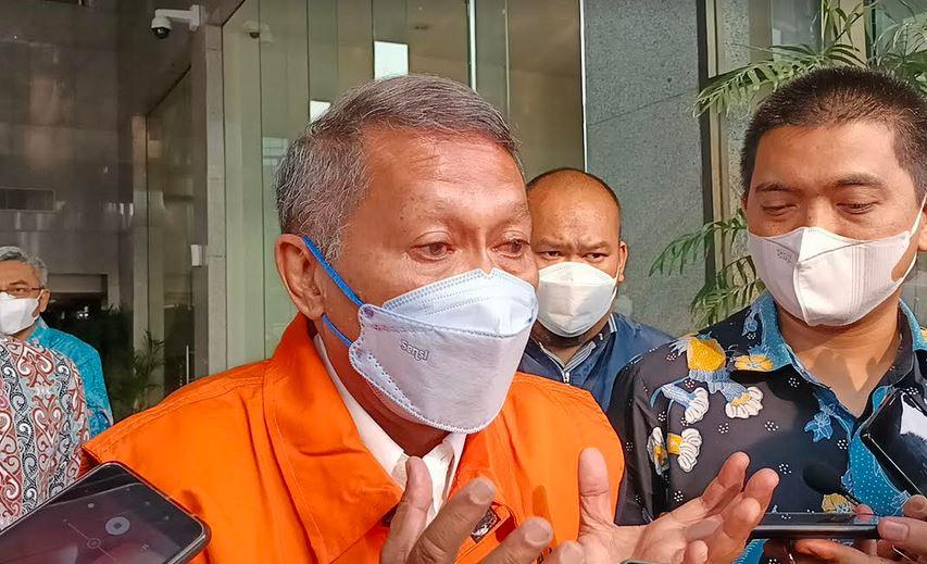 "Cetak Sejarah! RJ Lino, Tersangka Korupsi Pertama yang ""Bahagia"" Usai Ditahan KPK"