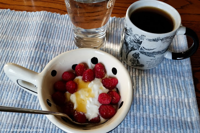 breakfast, yogurt, raspberries, honey, coffee, water, healthy, what I ate, tasty tuesday, food diary