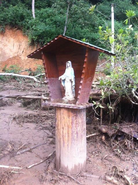A imagem de Nossa Senhora das Graças  no Vale do Cuiabá, Petrópolis