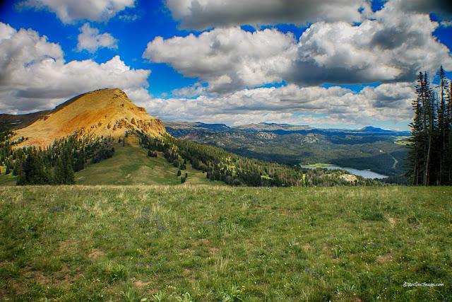 Beartooth Mountains highway wilderness Wyoming Montana geology rocks travel trip fieldtrip roadtrip copyright RocDocTravel.com