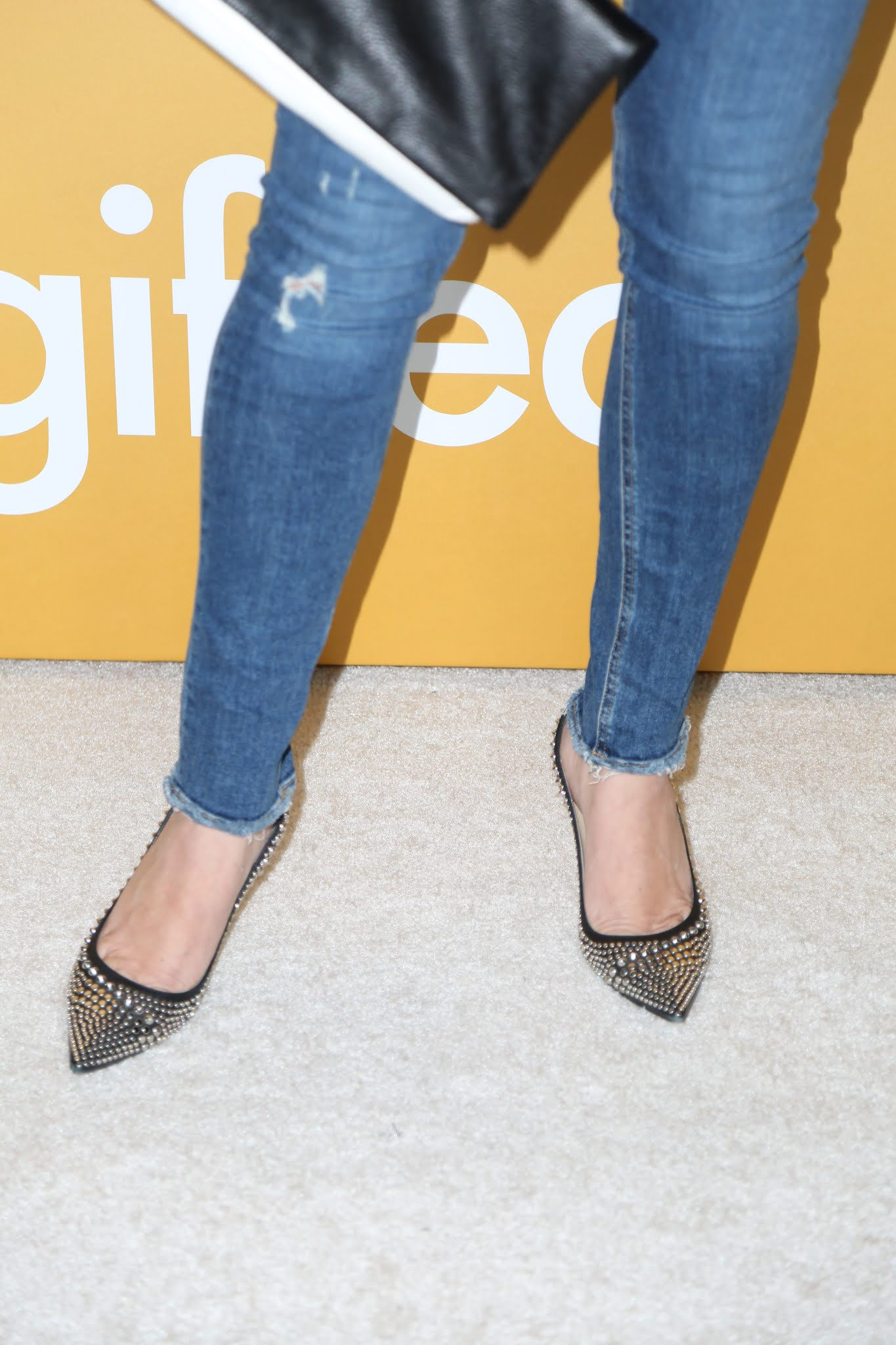 Remarkable, Tiffani amber thiessen toes
