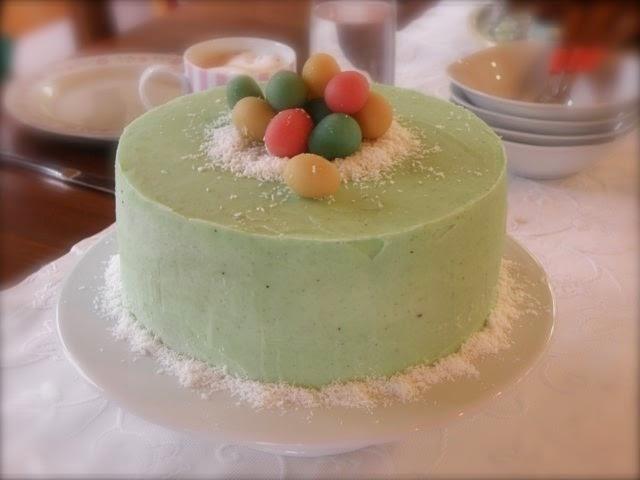Ostertorte, Torte mit Ostereiern