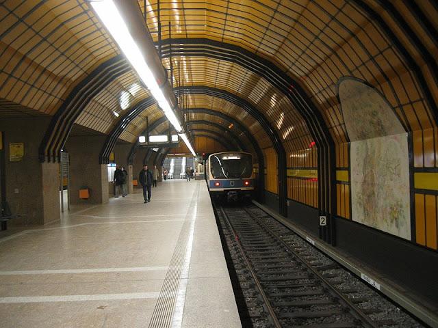 Trem em Munique para a Oktoberfest na Alemanha