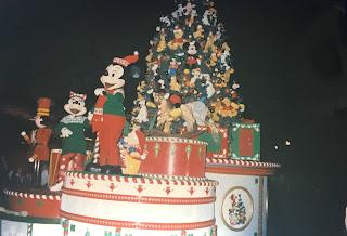 Christmas Mickey and Minnie Christmas Tree Parade Float