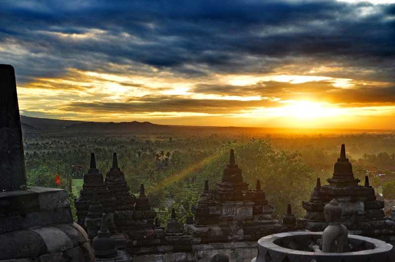 Fasilitas Wisata di Candi Borobudur Jawa Tengah