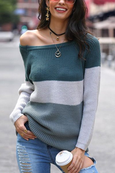 Are you wondering which pieces of clothing are in style this winter? Here we've prepared a complete list of the best winter fashion lookbook. Women's Outfit Ideas via higiggle.com | sweater outfits | #winterstyle #fashion #sweater