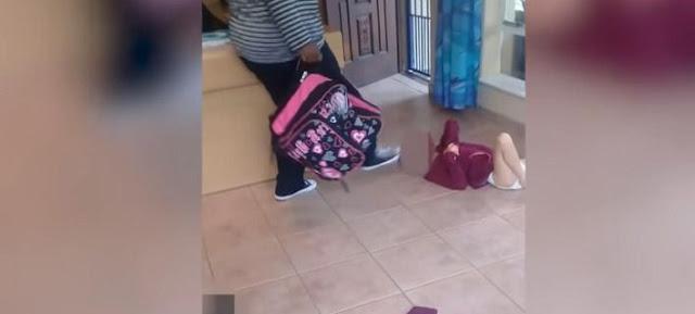 Νηπιαγωγός κλωτσά στο κεφάλι παιδί με αναπηρία γιατί λέρωσε την πάνα του (video)