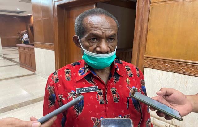 Nicolaus Wenda Ungkap Puluhan Pejabat Pemprov Papua Mengundurkan Diri.lelemuku.com.jpg