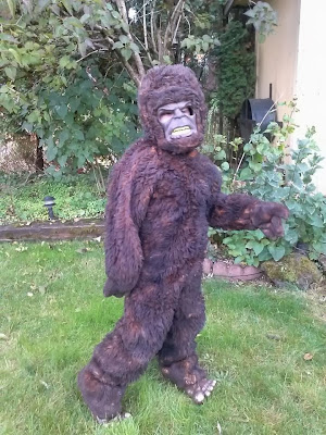 Cards By Cg Diy Bigfoot Costume For A Bigfoot Fanatic