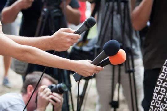 Turquía condena más periodistas a prisión