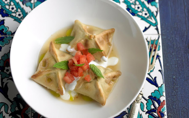 place flour and a good pinch of salt in a large bowl Turkish manti recipe