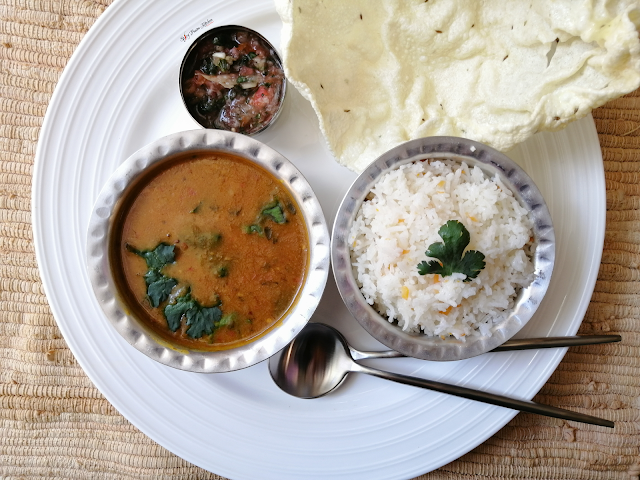 Chicken Dhal and Rice, chicken recipe, rice recipe, dhal recipe, lentil recipe, food, traditional recipe, Indian cuisine, food recipe, food blogger, food blog,  spicy food, food photography, spicy fusion kitchen, botswana