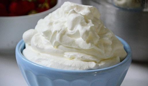 Cara Membuat Whipped Cream Sendiri