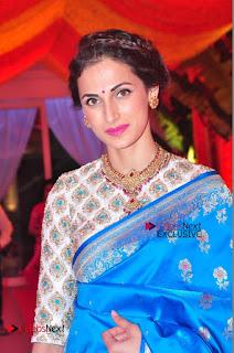 Actress Model Shilpa Reddy Exclusive Stills in Blue Saree at Vijay Karan Aashna Wedding  0023.JPG