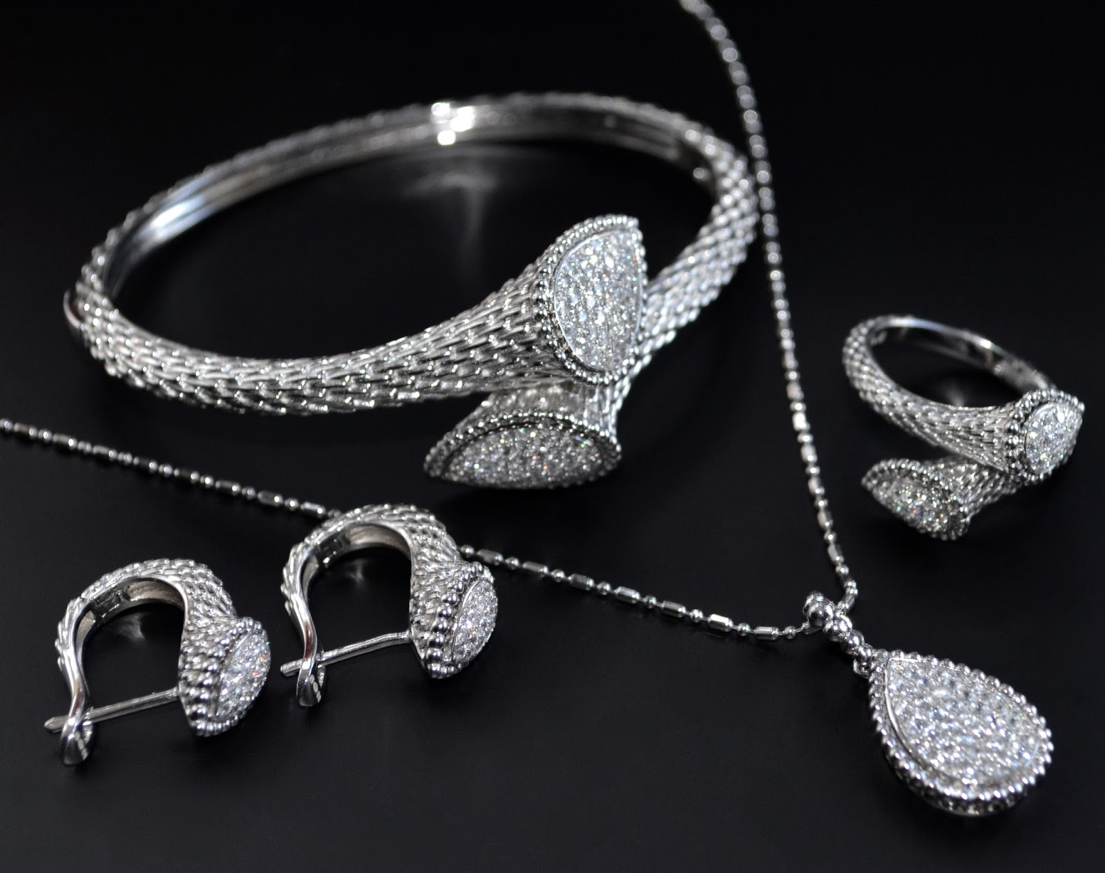 shop silver jewellery online in buy chennai sterling