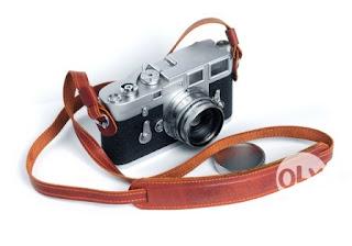 Camera strap dari bahan kulit asli