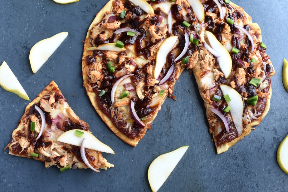 Pear Barbecue Chicken Pizza
