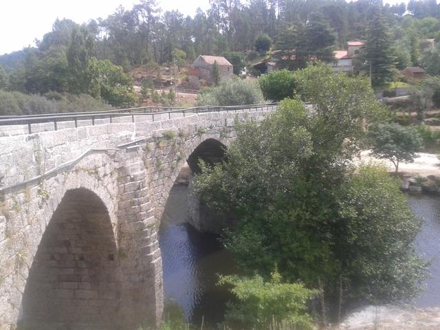 Ponte Romana em Ferreirós do Dão sobre o Rio Dão