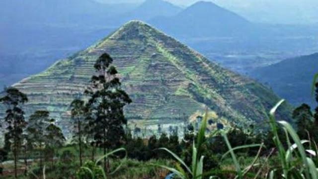 Ιάβα η αρχαιότερη πυραμίδα στον κόσμο!