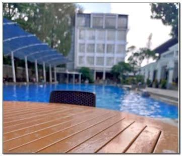 Harga Masuk Kolam Renang Oasis Siliwangi Bandung