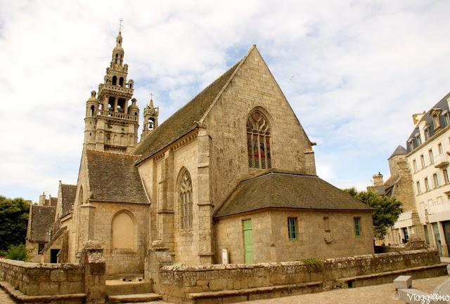 La Chiesa di Notre Dame nel centro di Roscoff