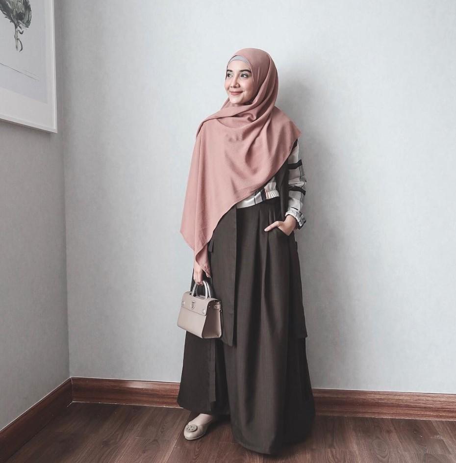Gambar Tutorial Hijab Segi Empat Ala Zaskia Sungkar Modernhijab77