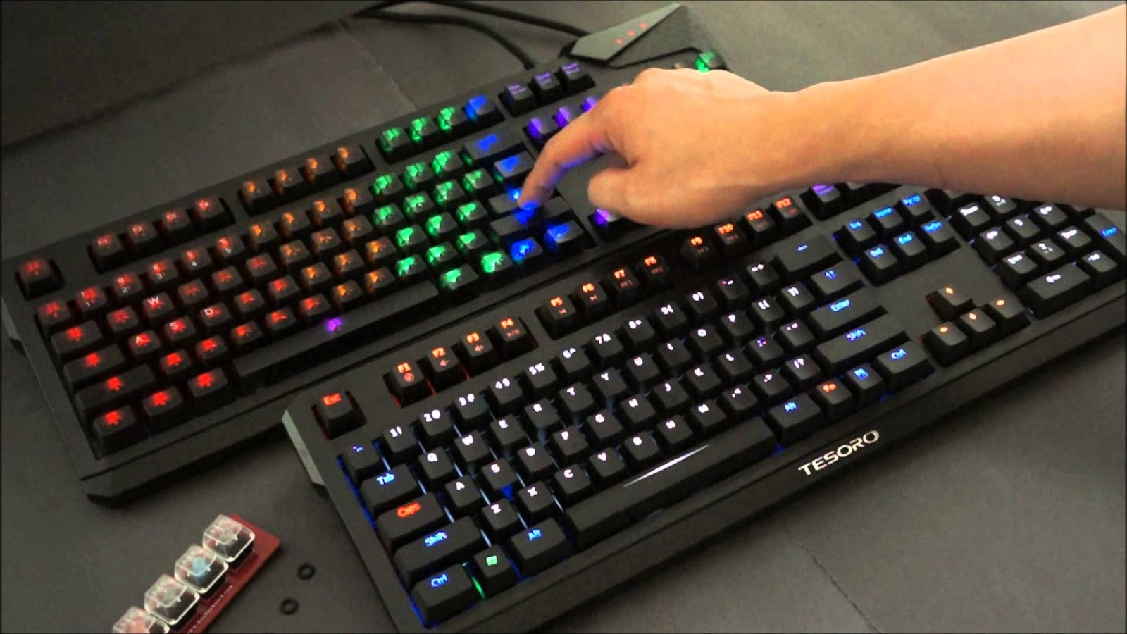 Keyboard Gaming 2017 Rexus K1 Backlight Dengan Individual Switch Di Masing Tombol Yang Bisa Kita Pilih Sendiri Karakternya Mechanical Menjadi Lebih Customizable Apa