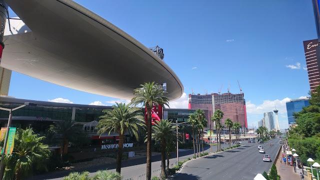 View along the Las Vegas strip