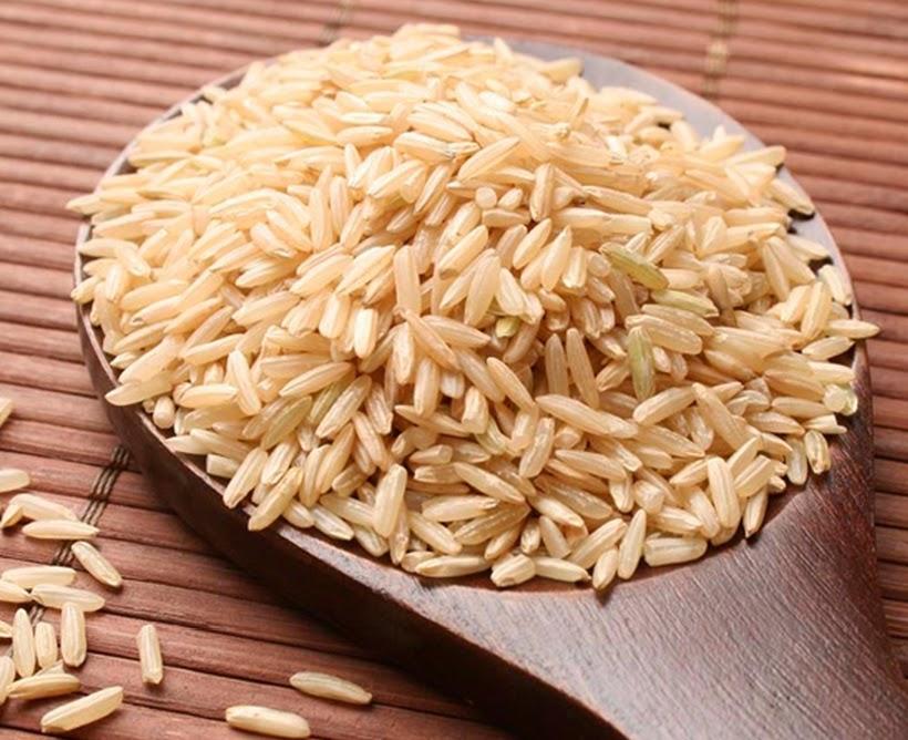 Por que o arroz integral é a melhor escolha?