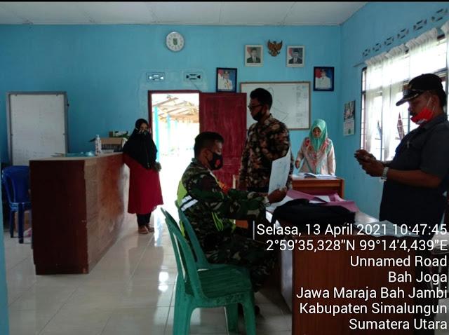 Bersama Dengan Perangkat Desa Personel Jajaran Kodim 0207/Simalungun Laksanakan Komsos