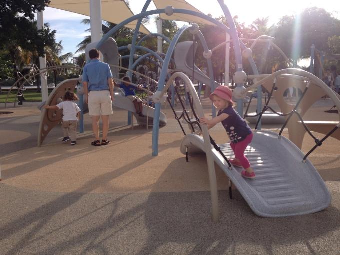 Kokemuksia Miami Beachin hotelleista ja majoituksista lasten kanssa sekä leikkipaikoista / South Pointe