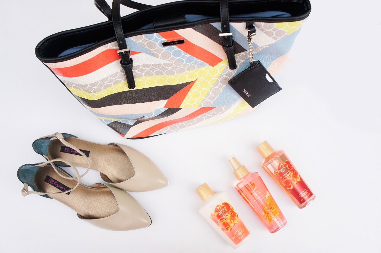 Balerinas Capriccio - Cartera Nine West - Perfumes Victoria Secret