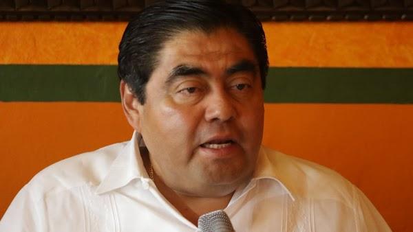 """Siempre sí, """"porque el pueblo lo pide"""", Barbosa buscará la gubernatura"""