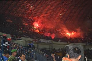 Persib Bandung Didenda Rp130 Juta Akibat Kericuhan di GBLA