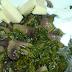 Mancare de ciuperci cu spanac, cascaval si smantana