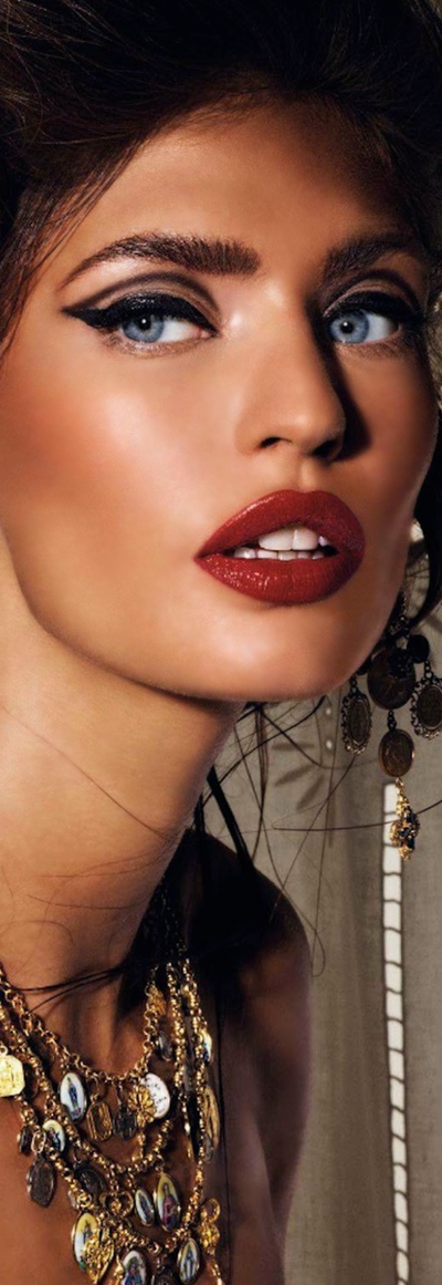 Bianca Balti by Giampaolo Sgura for Vogue Japan March 2012