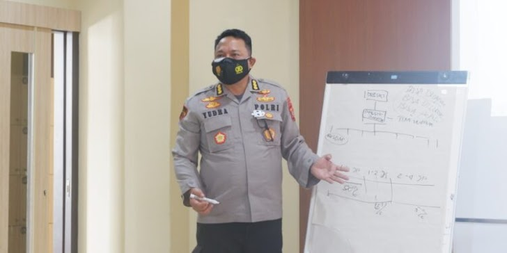 Karo SDM Polda Sulsel,  Sosialisasikan Reformasi Internal Polri Bersih Dan Bebas KKN Untuk Mencapai WBK