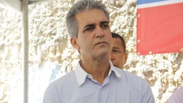 O deputado estadual Robinson Almeida foi condenado a 1 ano 9 meses e 23 dias de prisão pelos crimes de calúnia e difamação cometidos contra o prefeito ACM Neto e a mãe dele, Rosário Magalhães.