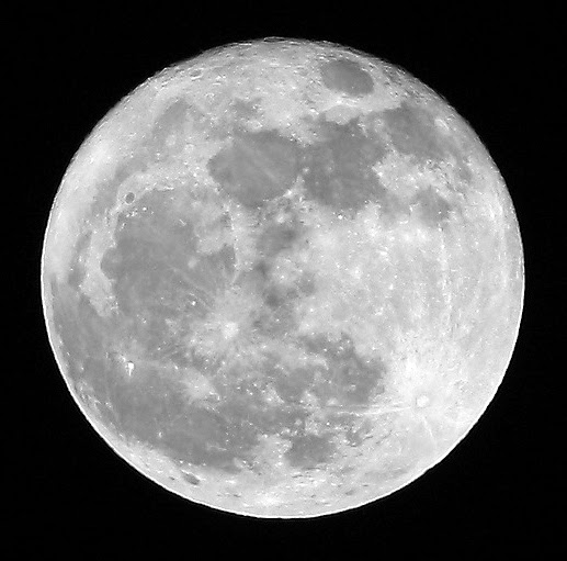 how to take moon photos with dslr