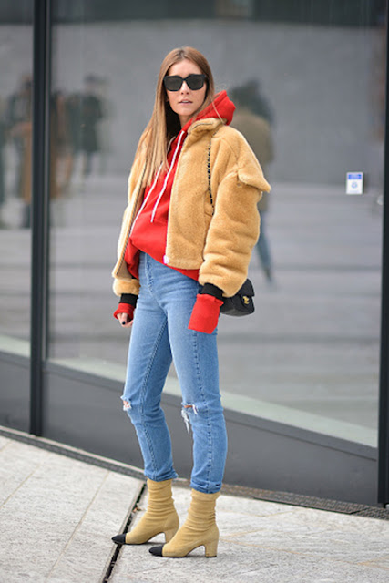 sweatshirt hoodie street style, athleisure street style