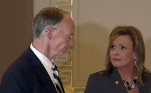 Aide To Alabama Governor Resigns Amid S3x Scandal