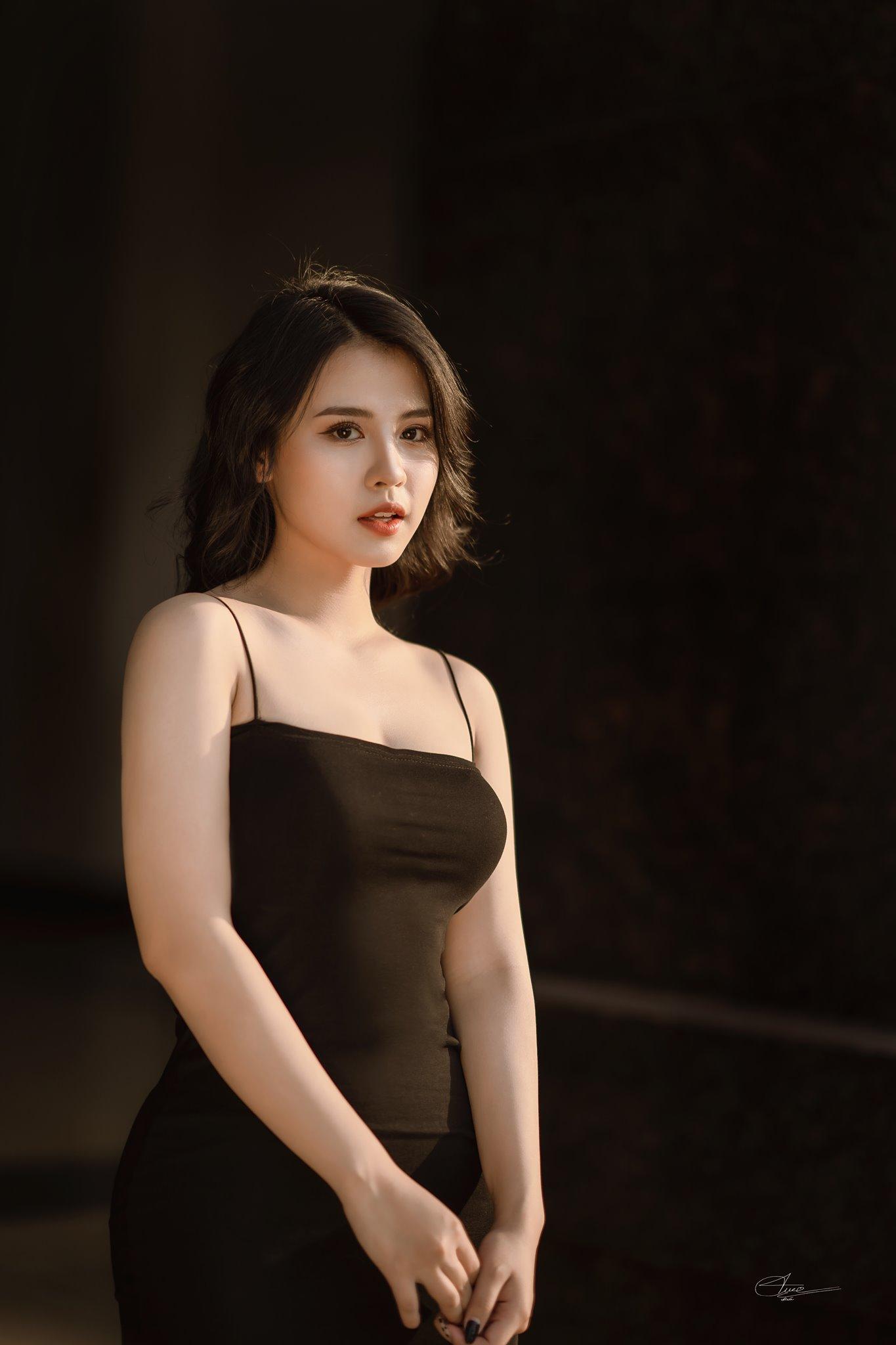 Hot Girls ♔♔…. Huyền Trang - Trang 3