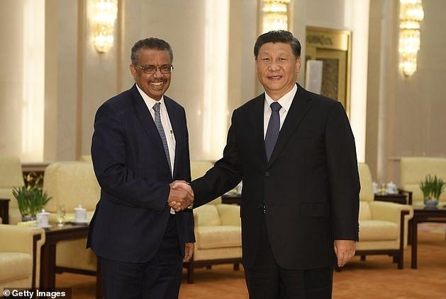 Il presidente cinese Xi Jinping esorta l'OMS a ritardare gli avvertimenti sul rischio COVID-19, scrive Der Spiegel