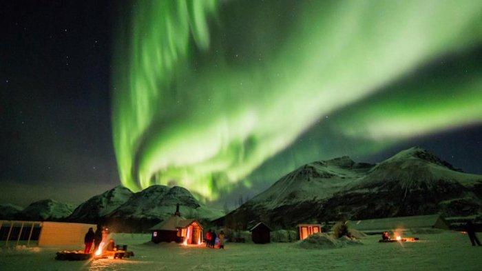 Melihat Keindahan Aurora di Kanada