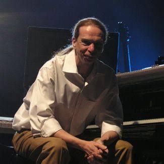 Lyle David Mays - Pianis & Komposer Jazz USA Meninggal Dunia