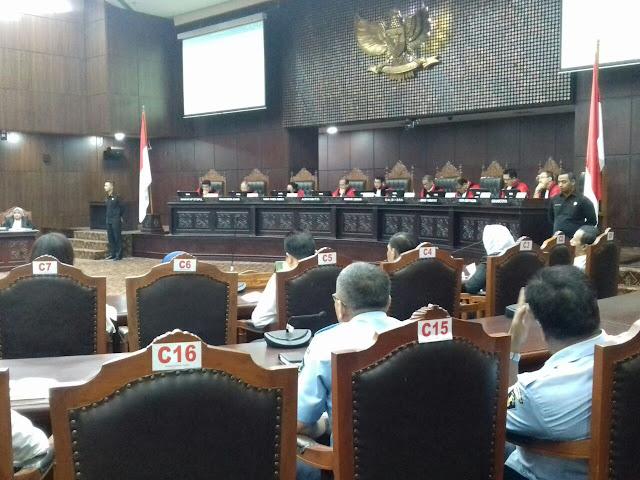 MK Tolak Gugatan Ahmadiyah terhadap UU Penistaan Agama