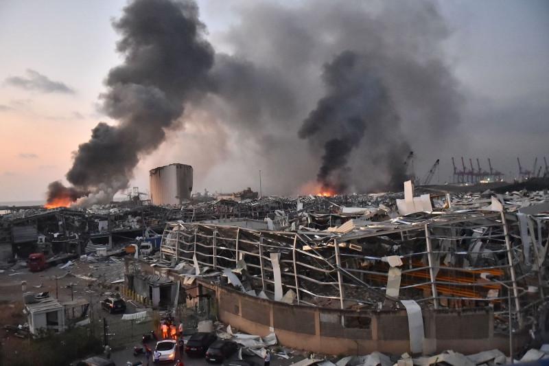 मुंबई के पठानवाड़ी में महत्वपूर्ण आग लग गई; कोई नुकसान नहीं
