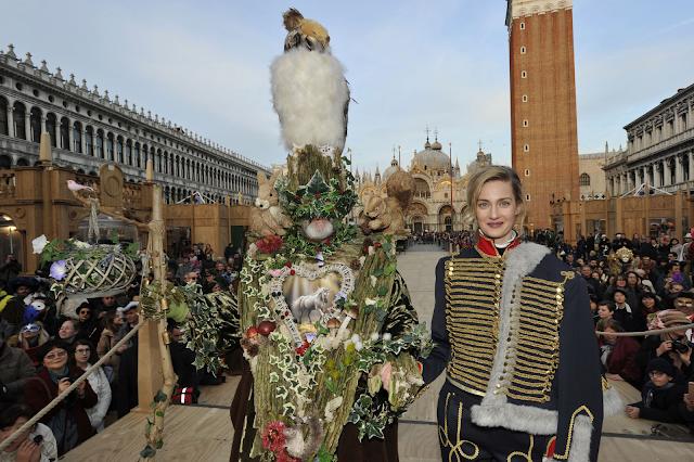 Jak vypadala nejhezčí maska Benátského karnevalu, Benátky průvodce, Benátský karneval program, Termín Benátského karnevalu