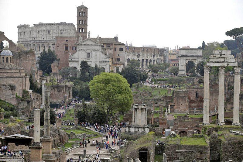Turista que robó trozo de mármol de Roma se arrepiente y lo envía de vuelta por correo